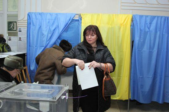 Валерій Дубіль проголосував у Чернігові (ФОТО)